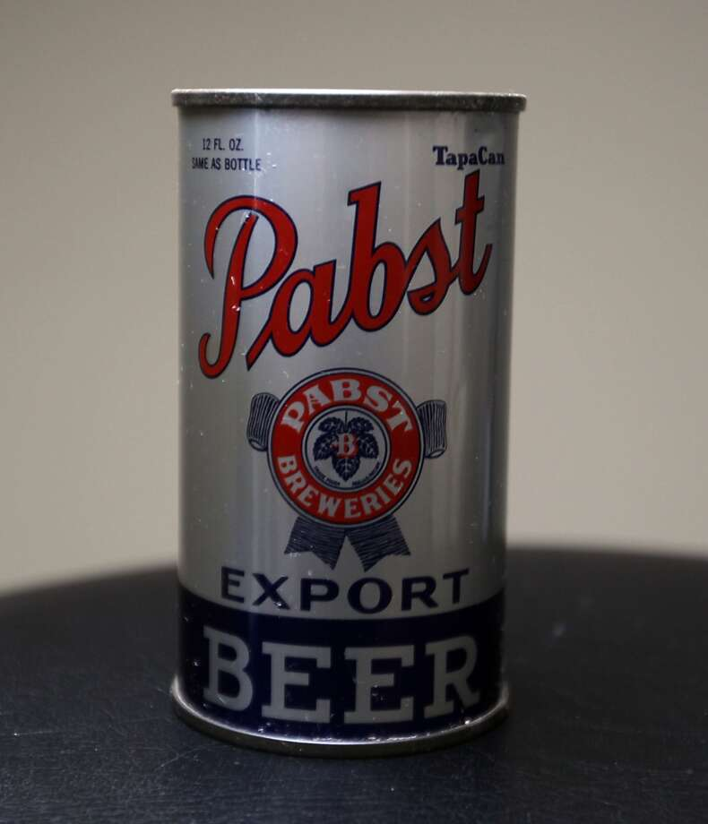 A 1938 can of Pabst beer which is part of Ken Knisely's beer can and beer memorabilia collection Wednesday, Nov. 27, 2013, in Houston.  ( James Nielsen / Houston Chronicle ) Photo: James Nielsen, Houston Chronicle