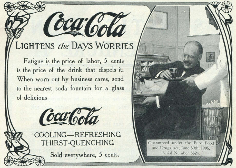 Before the polar bears took over, businessmen were used to demonstrate how refreshing Coca-Cola could be. Photo: Jay Paull, Getty Images / Archive Photos