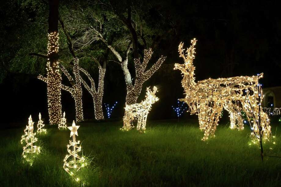 11. Use pre-lit decorationsThis is an easy way to get in the holiday spirit if you don't have time to go all out with the string lights. Photo: Danny Zaragoza / LAREDO MORNING TIMES