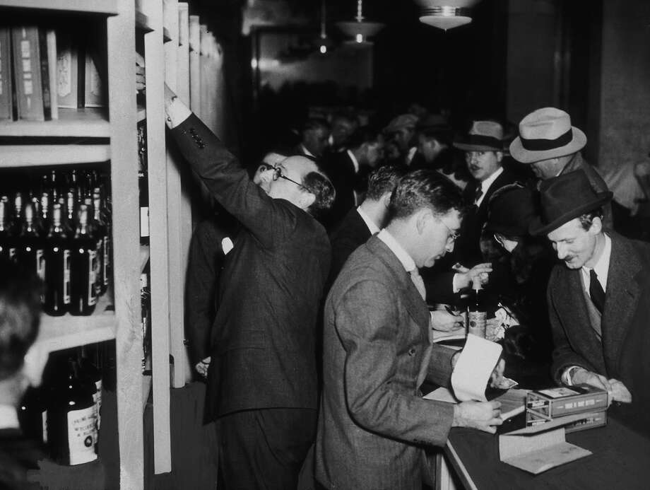 Crowds of shoppers buying liquor legally at Bloomingdale's in New York, hours after after the passing of the 21st Amendment to end prohibition, December 5, 1933. Photo: New York Times Co., Getty Images / 2007 Getty Images