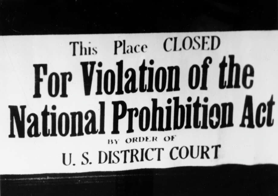 A sign in a New York bar during the prohibition years Photo: Popperfoto, Popperfoto/Getty Images / Popperfoto