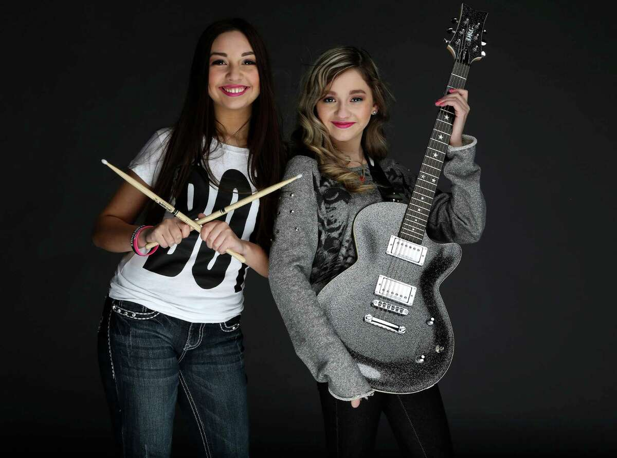 Sisters Molly, left, and Zoe Flores of Starflightrocks get along great most of the time.