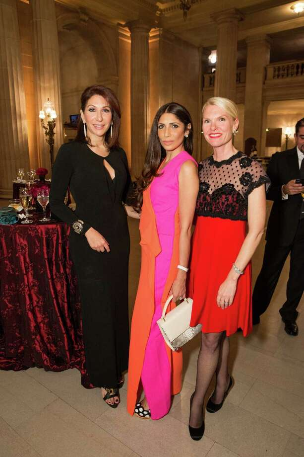 Melissa Boxer Zill, Sobia Shaikh and Linle Froeb at the San Francisco Opera Guild's holiday dinner on December 2, 2013. Photo: Drew Altizer Photography/SFWIRE, Drew Altizer Photography / ©2013 by Drew Altizer, all rights reserved