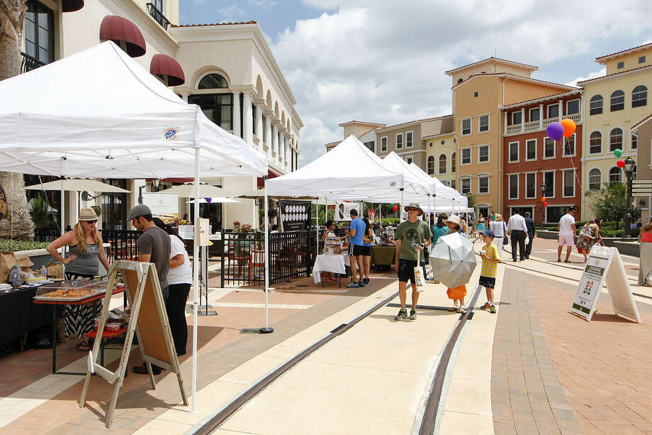 Farmer's Market at Éilan is held Sundays at 17103 La Cantera Parkway with 45 vendors and food trucks.