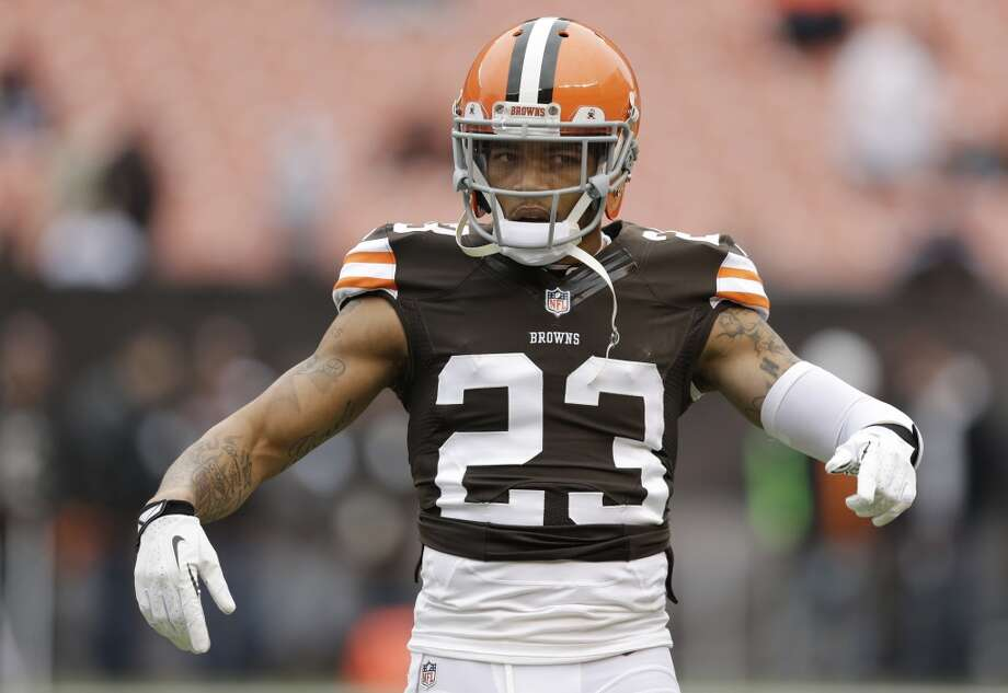 29. Browns (4-8) Last week: 26  Josh Gordon is first player to have successive 200-yard receiving games. He has 24 catches for 498 in last 2 games. Photo: Tony Dejak, Associated Press