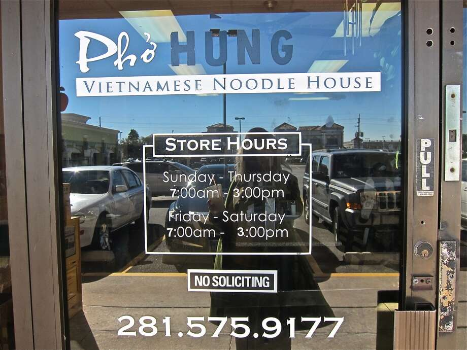 Pho Hung's hours; they're open daily until 3 in the afternoon. Photo: Alison Cook