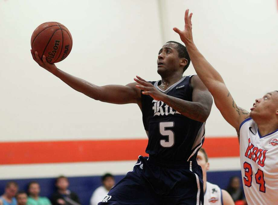 Keith Washington scored 14 points in the win. Photo: Bob Levey, Special To The Chronicle / ©2013 Bob Levey