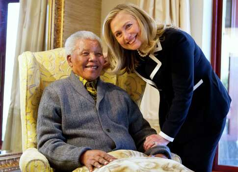Secretary of State Hillary Rodham Clinton meets with former South Africa President Nelson Mandela, 94, at his home in Qunu, South Africa, Monday, Aug. 6, 2012. Photo: Jacquelyn Martin, Wire / AP2012