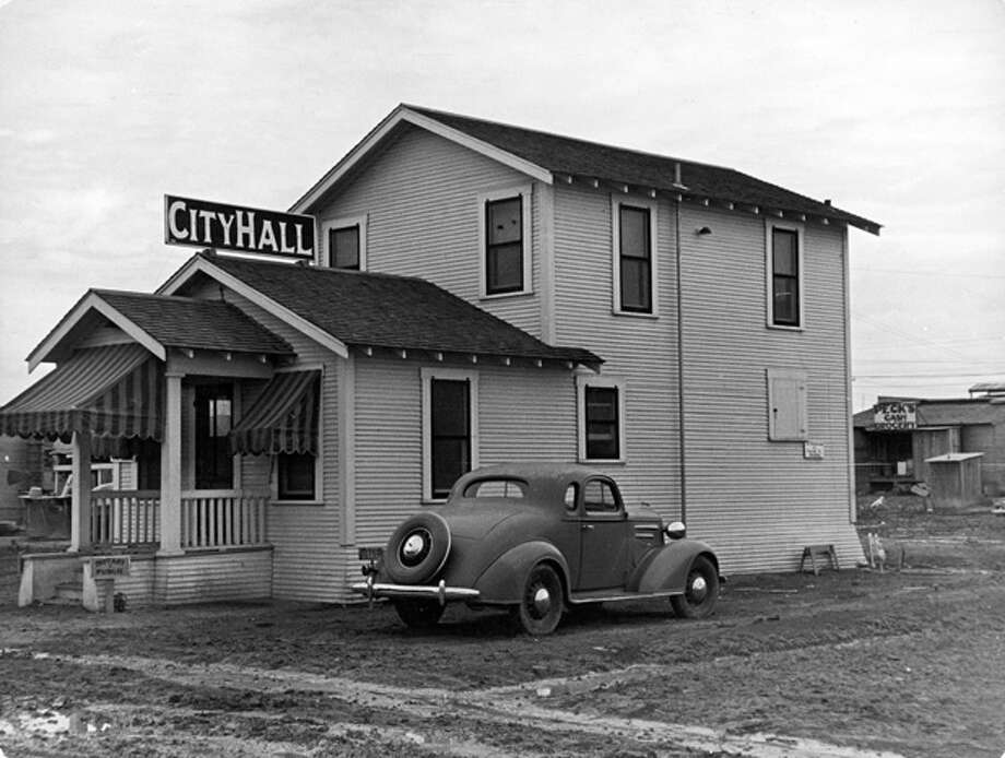 City Hall in a Texas oil boom town.  (Photo by Carl Mydans/Time & Life Pictures/Getty Images) Photo: Carl Mydans, Time & Life Pictures/Getty Image / Time & Life Pictures/Getty Images