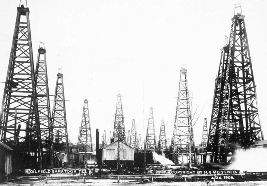 An oil field at Saratoga, Texas.   (Photo by H P Meissner/Getty Images) Photo: H. P. Meissner, Getty Images / Hulton Archive