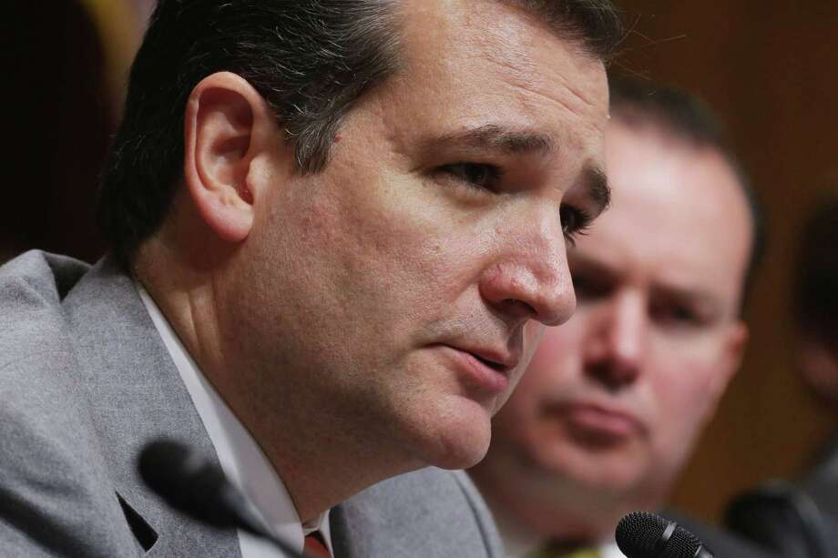 Recently, a book featuring Ted Cruz sold out on its first run (10,000 copies). What kind of book was it? Photo: Chip Somodevilla, Staff / 2013 Getty Images