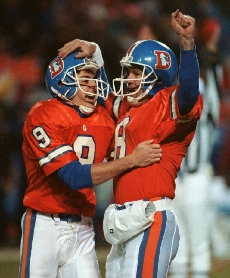 Broncos kicker David Treadwell, left, celebrates with Kubiak after Treadwell's field goal beat the Oilers on Jan. 4, 1992, in a playoff game in Denver. Kubiak played nine years in the NFL, all with the Broncos. Photo: Kerwin Plevka, Houston Chronicle