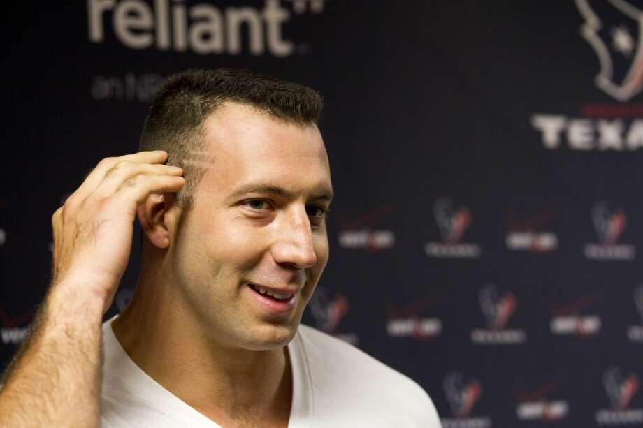 "Connor Barwin liked it so much that he got the ""Kubiak cut"" too. Photo: Brett Coomer, Houston Chronicle"