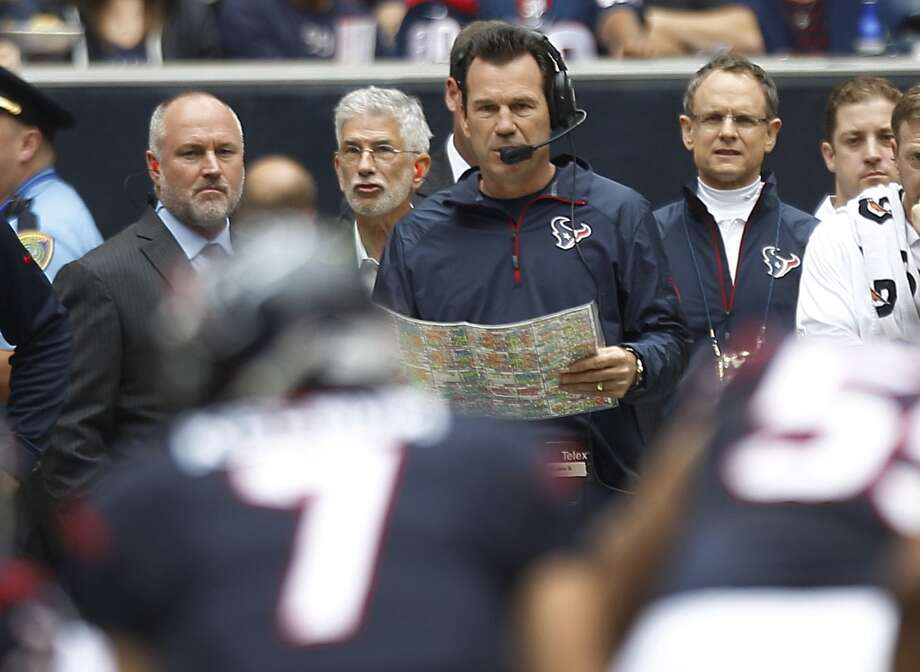 Gary Kubiak returned to the sidelines for the Texans' 34-31 loss to the New England Patriots on Dec. 1, 2013. Photo: Brett Coomer, Houston Chronicle