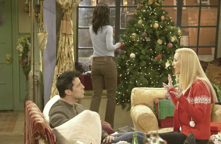 "Lisa Kudrow, aka Phoebe Buffay, gets away with it on ""Friends."" Photo: NBC, Getty Images / © NBC Universal, Inc."