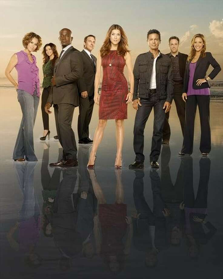 """PRIVATE PRACTICE: ABC, 2007-2013  The """"Grey's Anatomy"""" spin-off came to an end after 6 seasons and many crossover events. Photo: Andrew MacPherson, ABC / © 2012 American Broadcasting Companies, Inc. All rights reserved."""