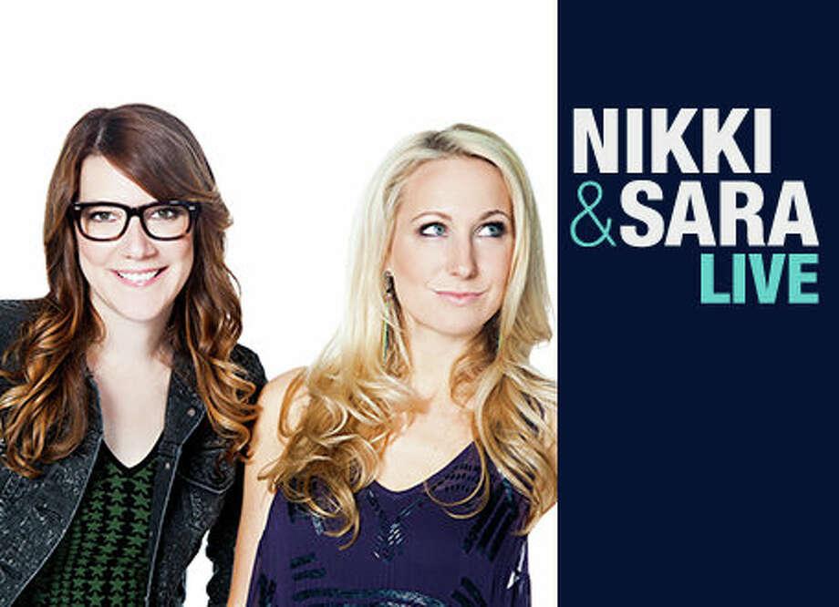 NIKKI & SARA LIVE: MTV, 2013