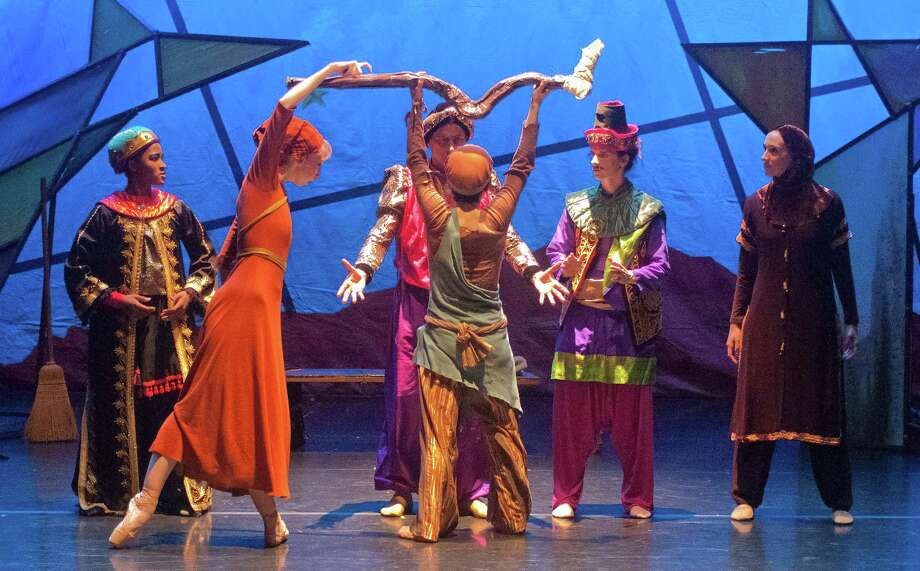 "Earthen Vessels dance company gives its final performances Saturday and Sunday with James Sewell's family-oriented ballet ""Amahl and the Night Visitors."" Photo: Earthen Vessels / ONLINE_YES"