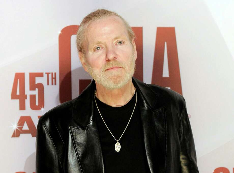 FILE - In this Nov. 9, 2011 file photo, singer Gregg Allman arrives at the 45th Annual CMA Awards in Nashville, Tenn. Allman has told several interviewers this week that he's engaged to his 24-year-old girlfriend, Shannon Williams, and Allman's publicist and manager confirmed the news Friday morning. This will be his seventh marriage. (AP Photo/Evan Agostini, file) Photo: Evan Agostini / AP2011