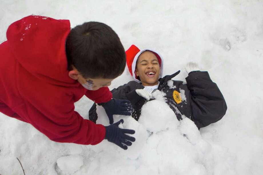 View photos of Christmas around the world. Photo: Johnny Hanson, Houston Chronicle / Houston Chronicle