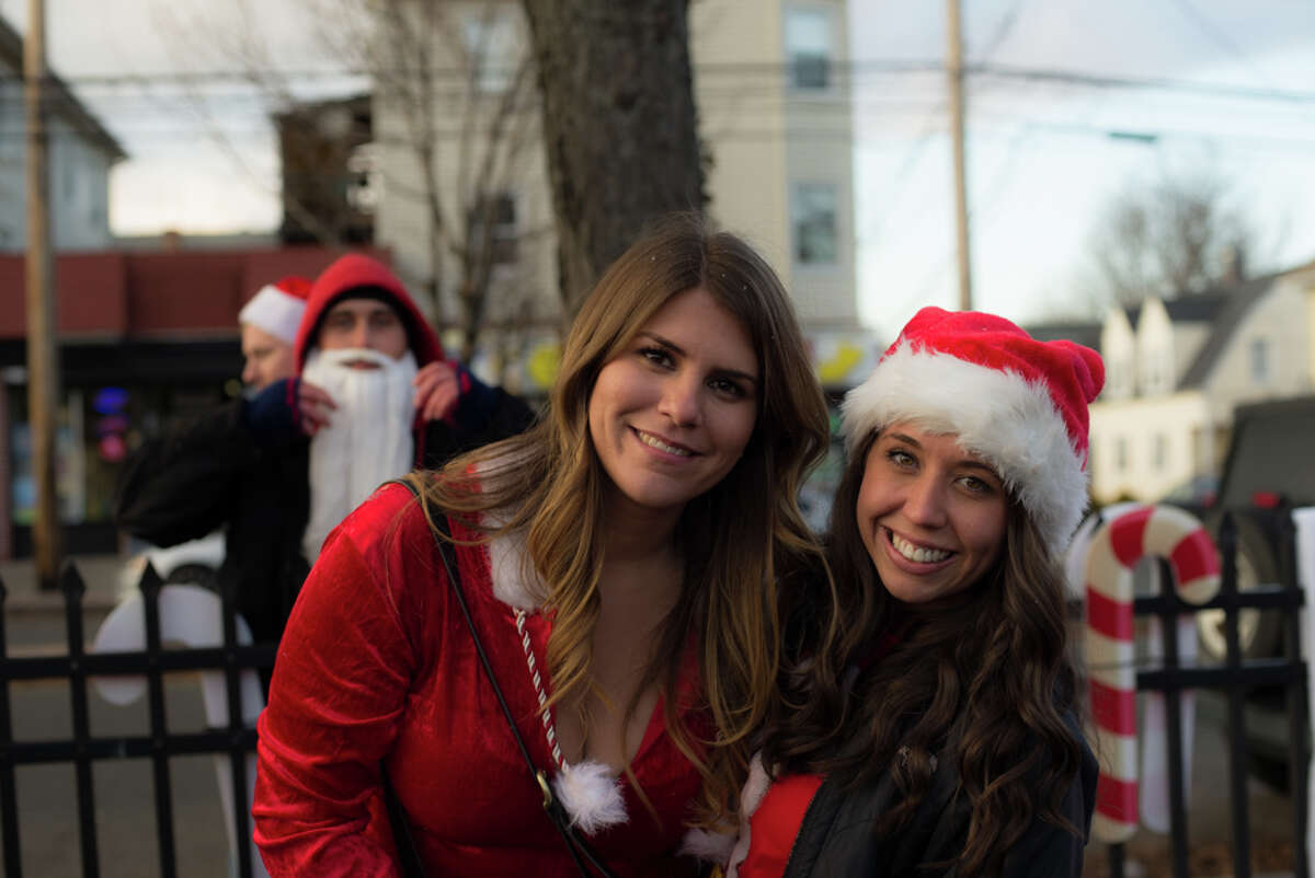 Santa Claus came to black rock on Saturday! Were you SEEN at SANTACON Black Rock? SANTACON is a pub crawl that happens in cities all over America. Black Rock Live is the company that hosted SANTACON in Black Rock