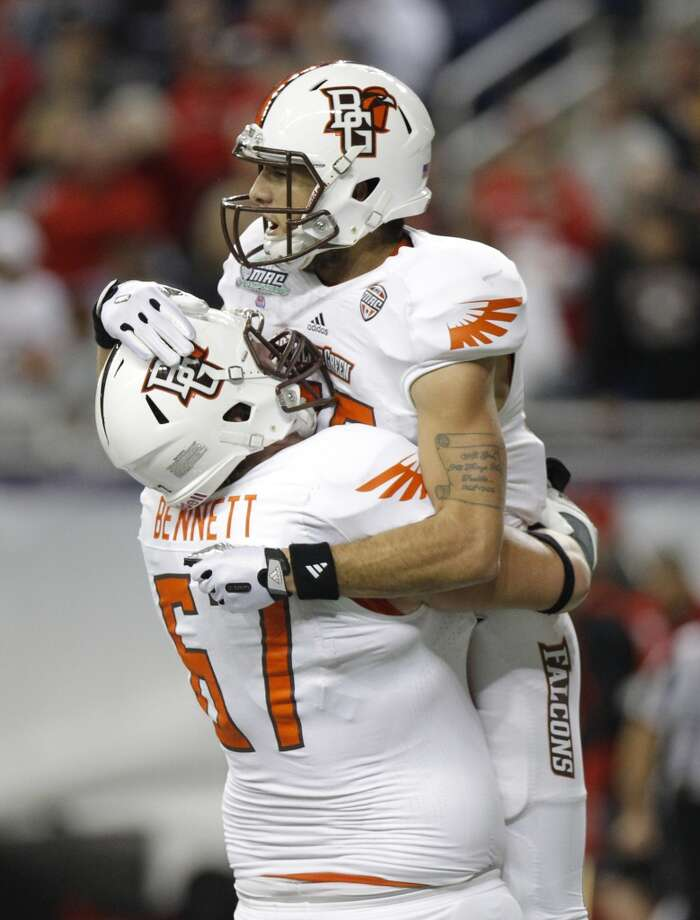 Little Caesars Pizza Bowl  Pittsburgh vs. Bowling Green  Time: 5 p.m.  Date: Dec. 26, 2013  TV: ESPN  Location: Ford Field in Detroit Photo: Duane Burleson, Getty Images