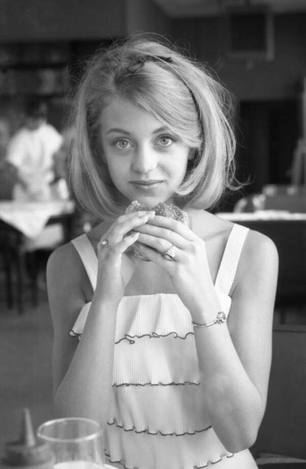 Goldie Hawn (seen pre-fame in 1964).  Engaging comic actress. Photo: Joseph Klipple, Getty Images / Archive Photos