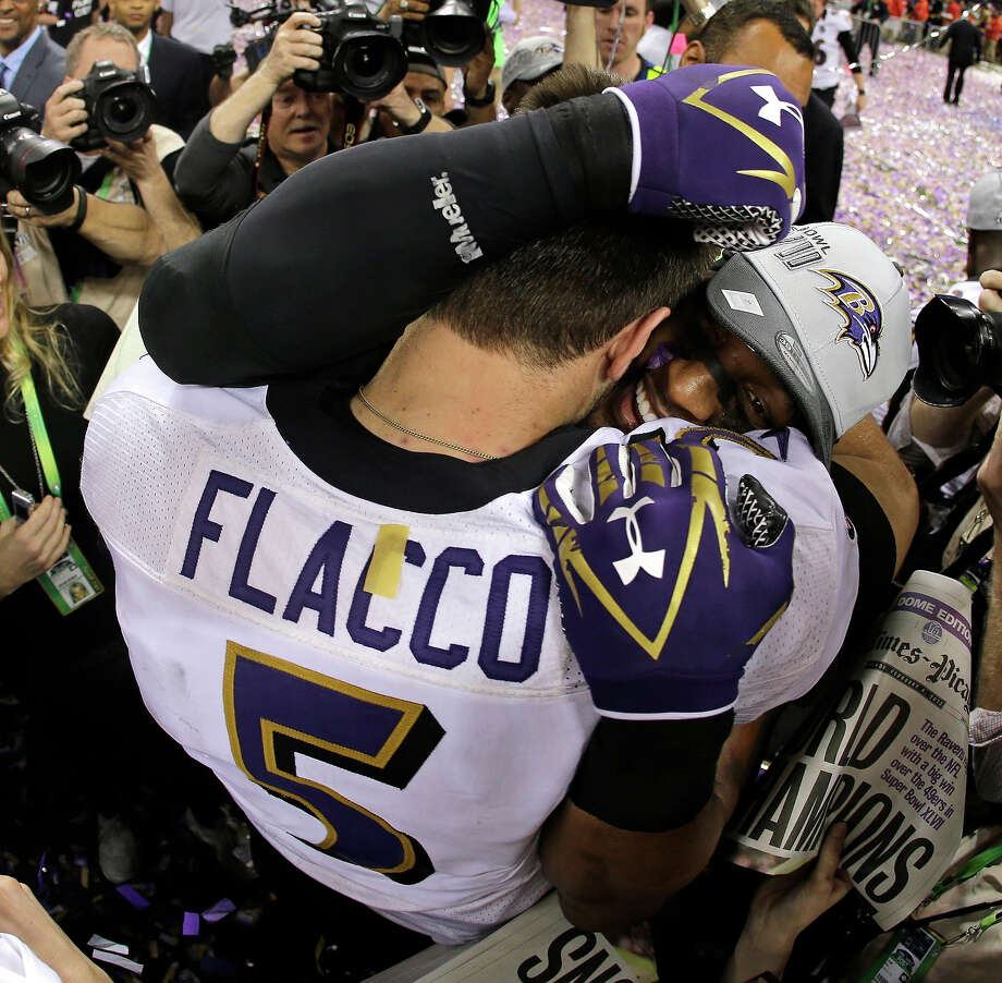 Baltimore Ravens quarterback Joe Flacco (5) embraces linebacker Ray Lewis after defeating the San Francisco 49ers 34-31 in the NFL Super Bowl XLVII football game, Sunday, Feb. 3, 2013, in New Orleans. Photo: Matt Slocum, ASSOCIATED PRESS / AP2013