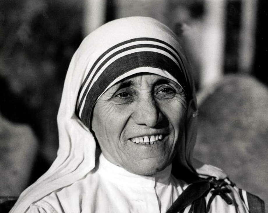 Mother Teresa was awarded the Nobel Peace Prize in 1979 for being the founder of Missionaries of Charity. Photo: Rolls Press/Popperfoto, Getty / Popperfoto