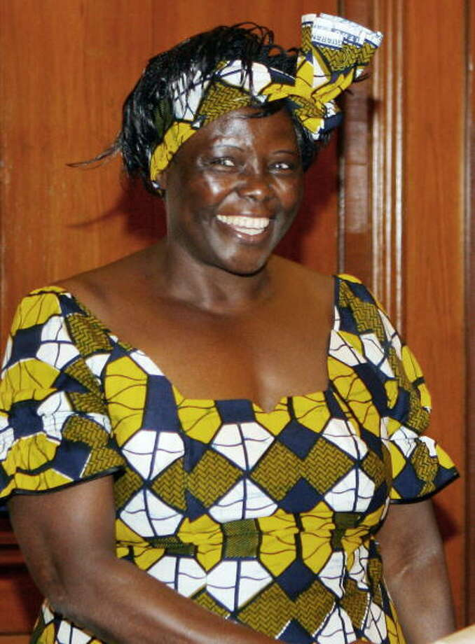 Wangari Muta Maathai was awarded the Nobel Peace Prize in 2004 for her contribution to sustainable development, democracy and peace. Photo: RAVEENDRAN, Getty / 2007 AFP