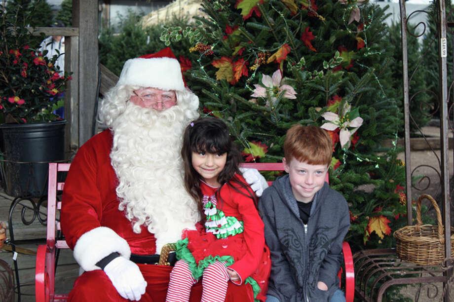 2013 Milbergers Christmas Photo: MySanAntonio.com, San Antonio Express-News