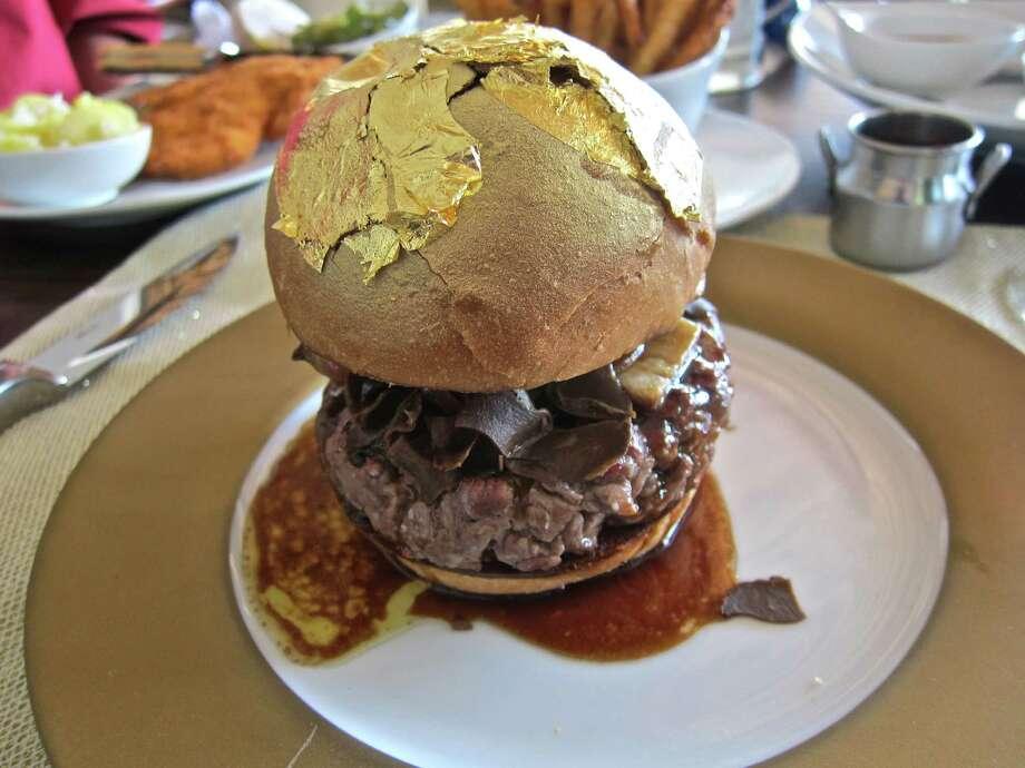 60 Degree Bistro Burger Photo: Alison Cook