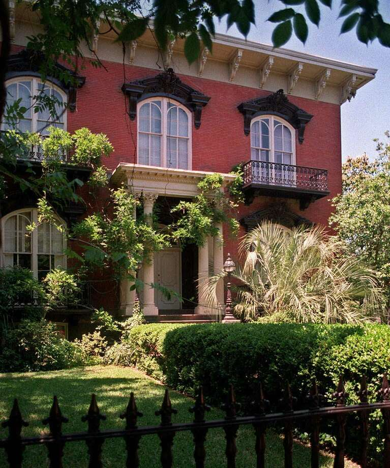 "The Mercer House, located in historic Savannah, Ga., is the former home of the late antiques dealer Jim Williams whose story was the subject of author John Berent's book ""Midnight in the Garden of Good and Evil."" Photo: Steve Bisson, Associated Press / Savannah News-Press"