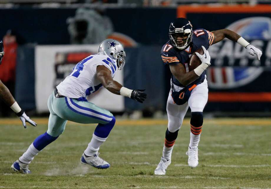 Chicago Bears wide receiver Alshon Jeffery (17) runs after a catch during the first half of an NFL football game against the Dallas Cowboys, Monday, Dec. 9, 2013, in Chicago. (AP Photo/Charles Rex Arbogast) Photo: Charles Rex Arbogast, Associated Press / AP