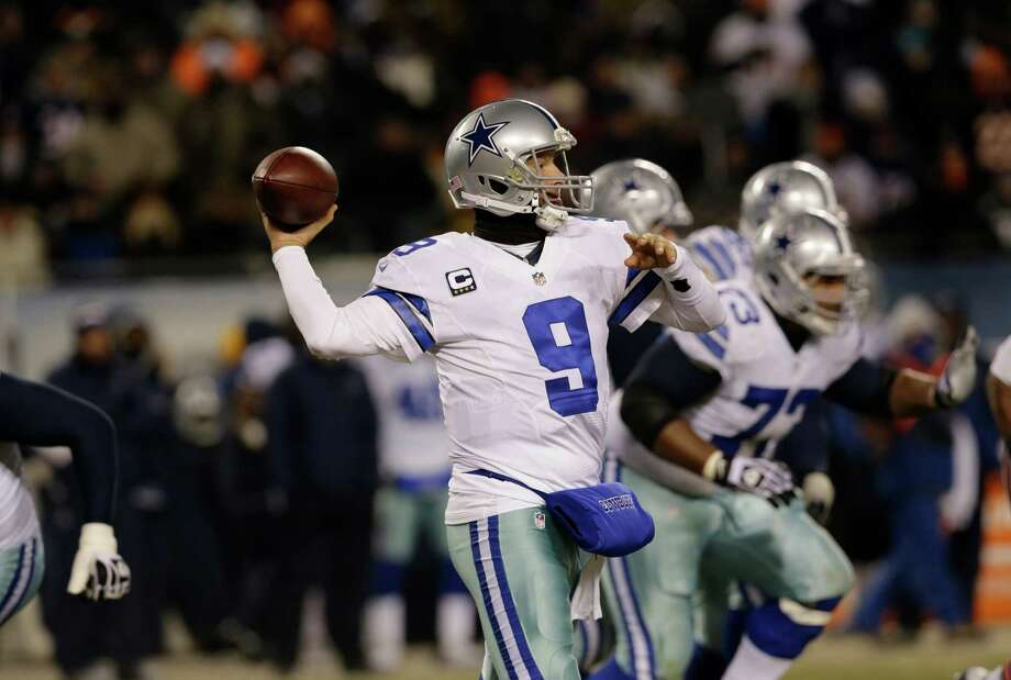 Dallas Cowboys quarterback Tony Romo (9) passes against the Chicago Bears during the second half of an NFL football game, Monday, Dec. 9, 2013, in Chicago. (AP Photo/Nam Y. Huh) Photo: Nam Y. Huh, Associated Press / AP