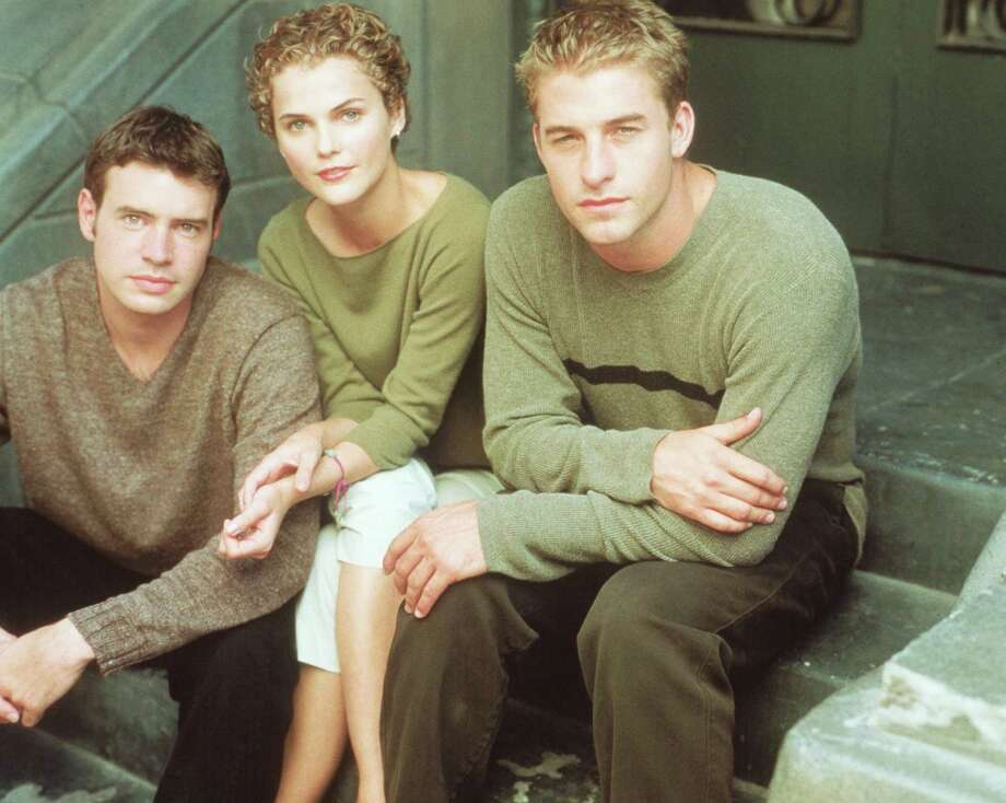 "Scott Foley, left, has been on ""Grey's Anatomy"" and ""True Blood,"" but will always be known as Noel Crane on '90s show ""Felicity"" with Keri Russell, center.  Photo: Getty Images / Hulton Archive"
