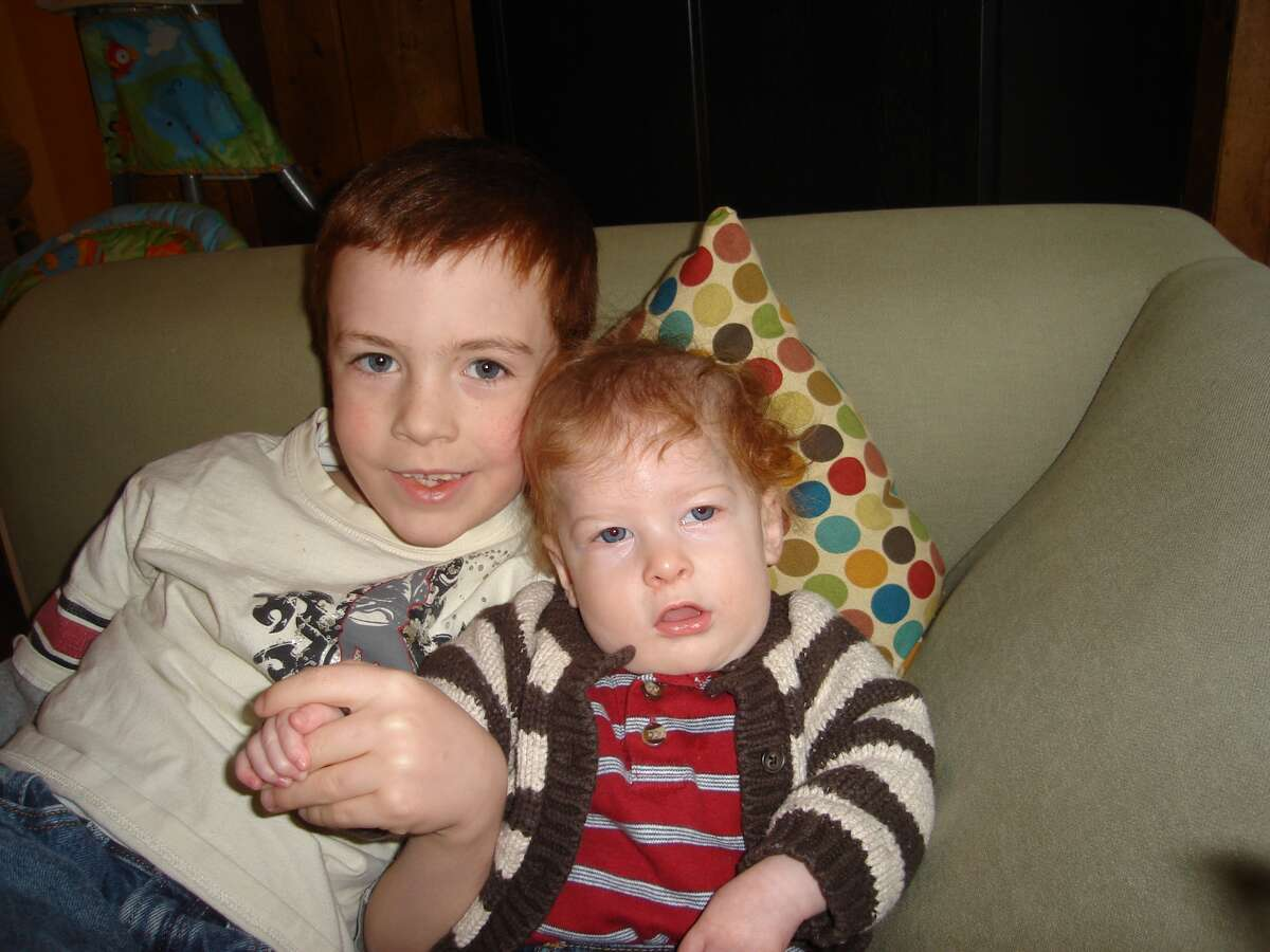 Oliver Wuth, pictured with his older brother.