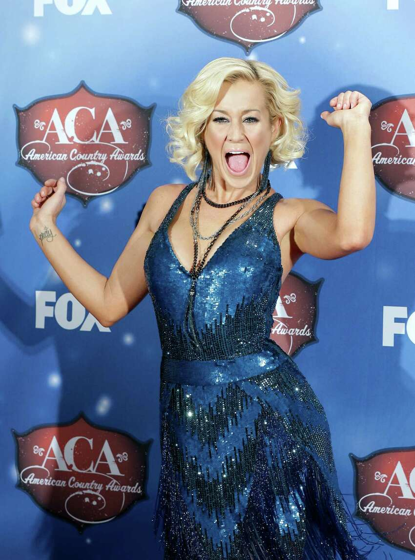LAS VEGAS, NV - DECEMBER 10: Recording artist Kellie Pickler poses in the press room during the 2013 American Country Awards at the Mandalay Bay Events Center on December 10, 2013 in Las Vegas, Nevada.