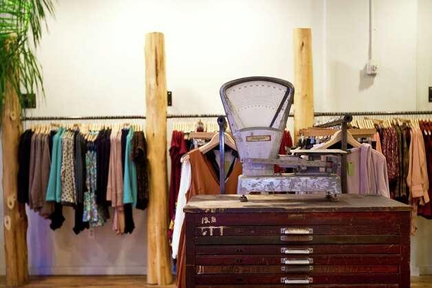 Kenneth David Apparel Inc - Mens Clothing Stores - CMac.ws