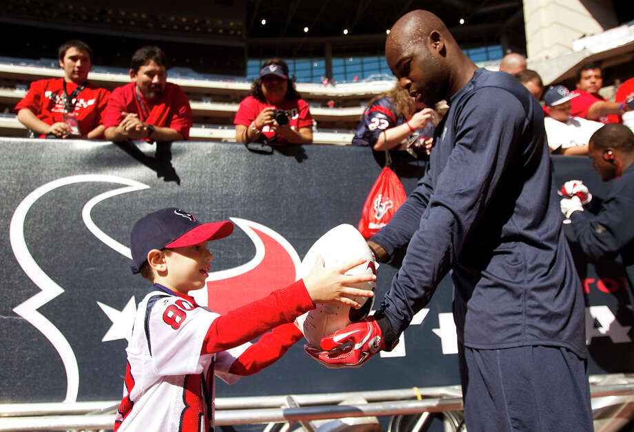 2011In his first season with the Texans, cornerback Johnathan Joseph became a Pro Bowler. Photo: Brett Coomer, Chronicle / © 2011  Houston Chronicle