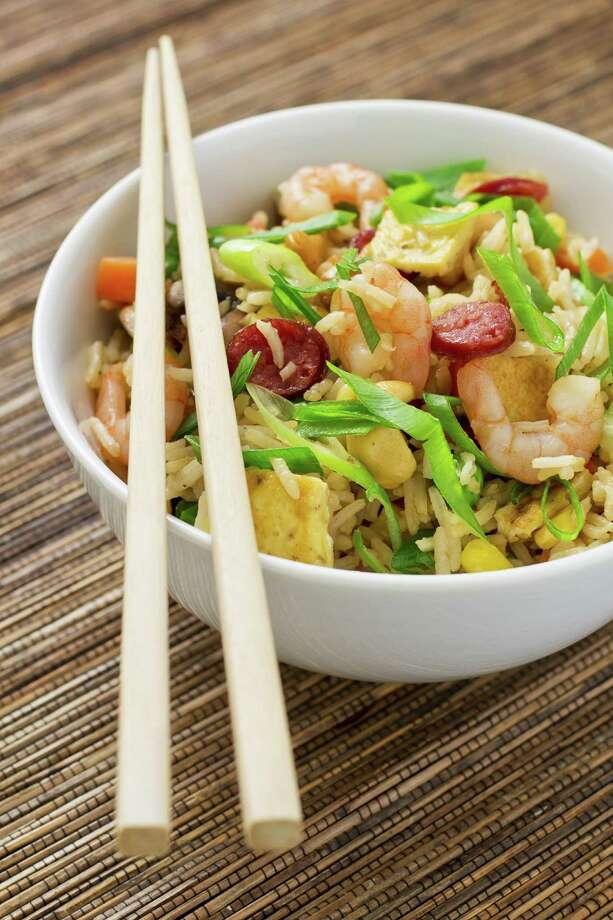 Chinese fried rice served in a bowl/Fotolia Photo: Bozidar Jokanovic / oldbunyip - Fotolia
