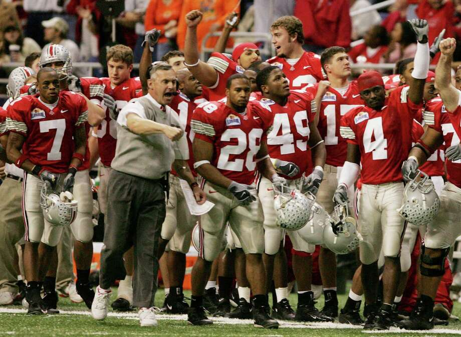 2004: Ohio State coach Jim Tressel and players react as Oklahoma State fails on a fake field goal attempt during the third quarter of the Alamo Bowl in San Antonio, Wednesday, Dec. 29, 2004. The final score was 33-7 for Ohio State. Photo: ERIC GAY, AP / AP