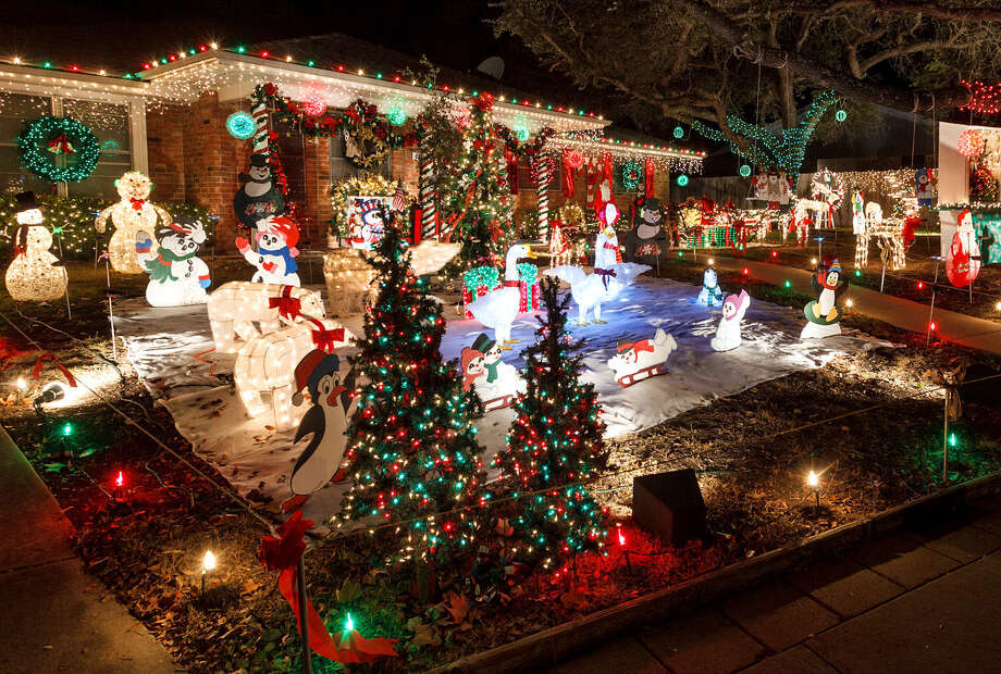 john and ann whites home in windcrest took best of theme in 2012 - Windcrest Christmas Lights