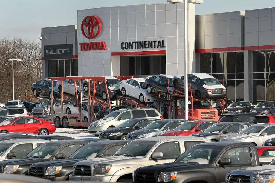 HODGKINS, IL - JANUARY 28:  Toyota vehicles are delivered to Continental Toyota/Scion January 28, 2010 in Hodgkins, Illinois. Toyota has announced it would expand their recall of millions of vehicles due to a defect in the accelerator pedal assembly.  (Photo by Scott Olson/Getty Images) Photo: Scott Olson, Getty Images / 2010 Getty Images