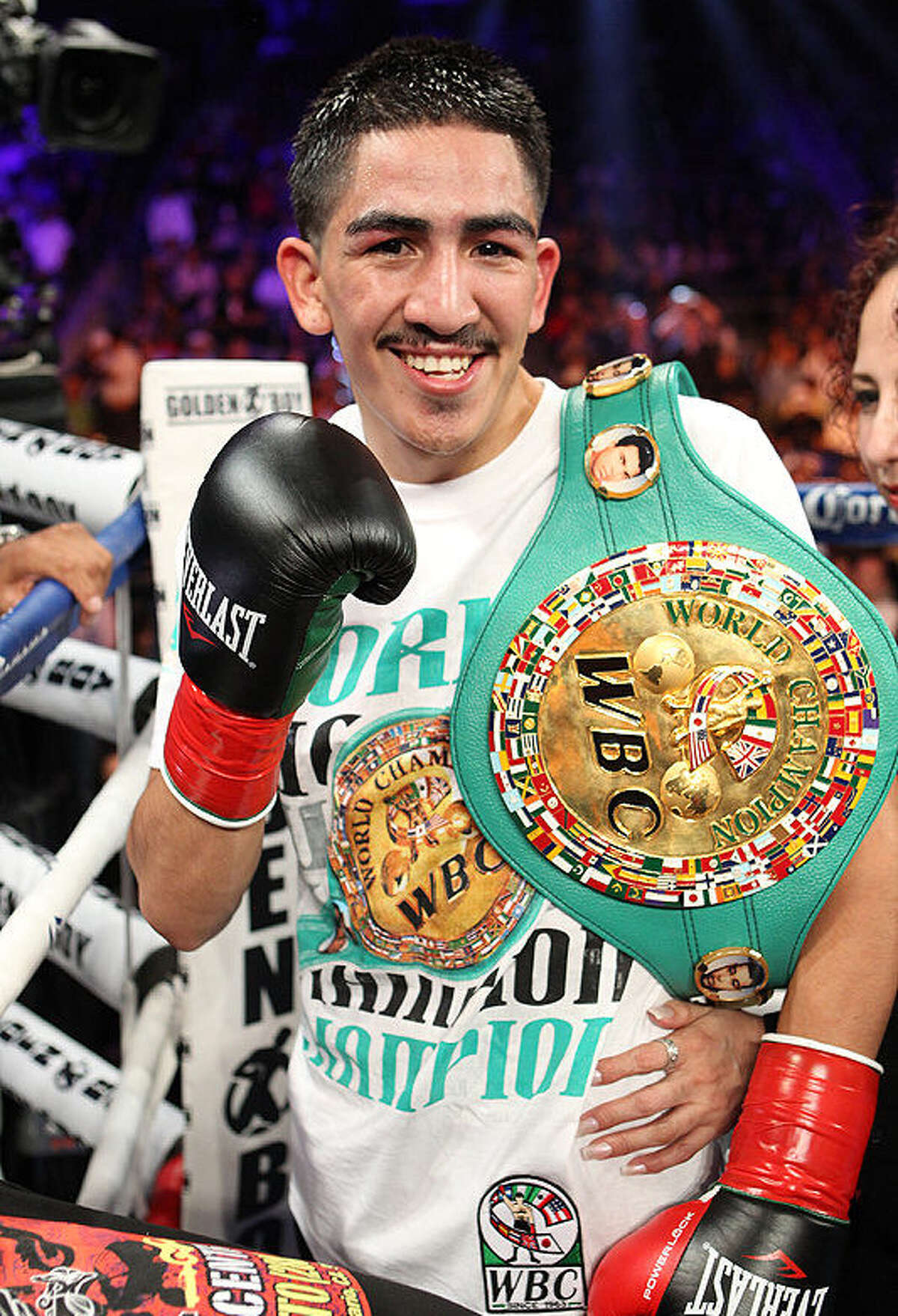 Santa Cruz has garnered plenty of attention while winning 24 bouts in a row, including 15 by knockout.