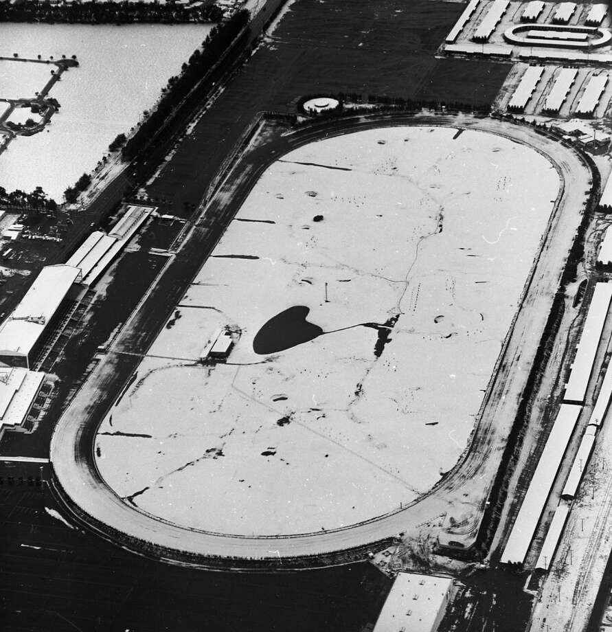 And they're off! Snow on the Tanforan Racetrack in San Bruno -- less than two years before it burned down in 1964, replaced with a mall that once included the best $1 theater in the Bay Area. (That, too, was demolished in the 2000s.) Photo: Gordon Peters, The Chronicle