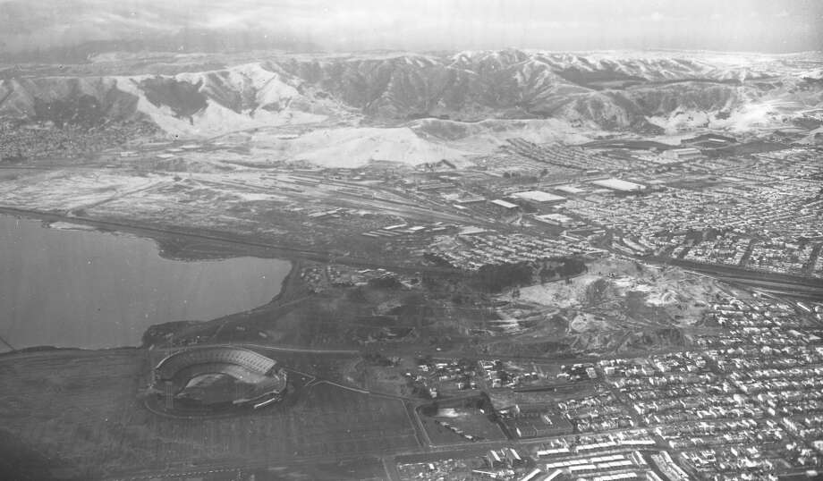 Candlestick Park is in the foreground, San Bruno Mountains in the back. I'm seeing a lot of intermediate slopes, with one or two black diamonds. In other words, this is Kirkwood. Photo: Gordon Peters, The Chronicle