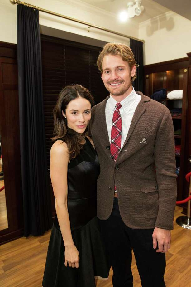 Abigail Spencer and Josh Pence at Brooks Brothers' Holiday Celebration on December 10, 2013. Photo: Drew Altizer Photography/SFWIRE, Drew Altizer Photography / ©2013 by Drew Altizer, all rights reserved