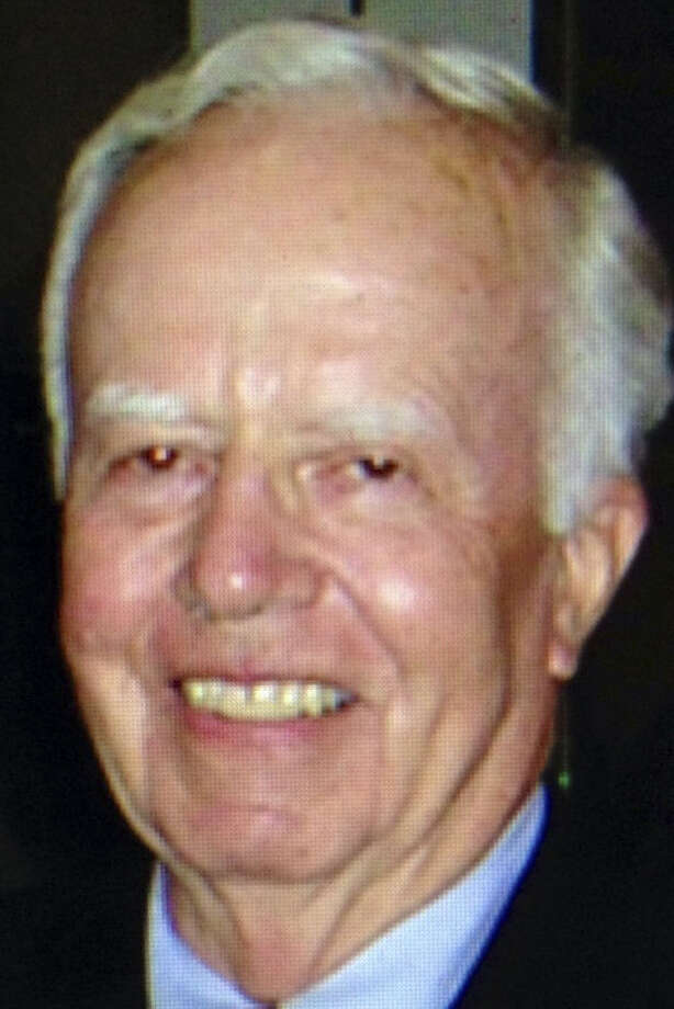Charles L. Branch Sr. helped develop techniques in spine-fusion surgery, relatives said.