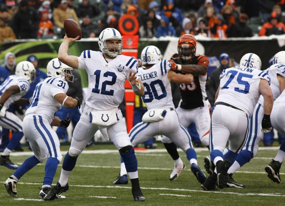 Houston (2-11) plus-6 at Indianapolis (8-5): Colts 24-17 Photo: David Kohl, Associated Press